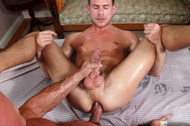 Fotos de sexo gay com dotados arrombando cuzinhos