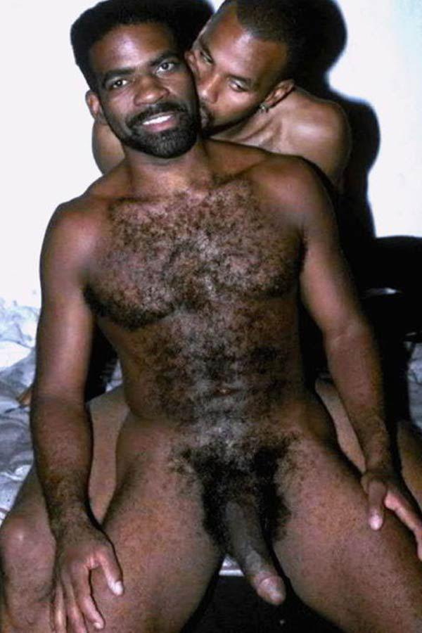 19 Fotos de homens peludos pelados