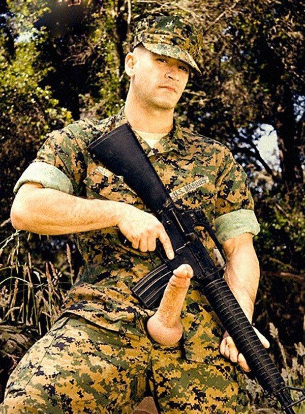 Fotos de militares pelados de pau duro